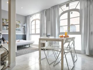 Cozy studio for 4 ppl near P.Gracia, Barcelona