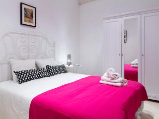 U-nique Rossello! 4 Bedroom, Barcelona