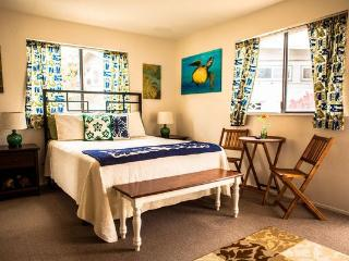 Laie Point Cottage - near beaches, PCC