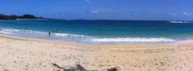 Beachside Getaway Estate - STEPS TO THE BEACH!