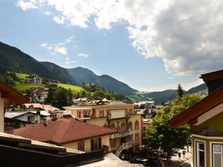 Apartments Rezia Ortisei center 'Attico'