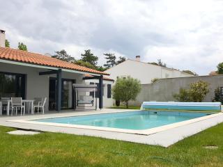 L'Houmeau maison-piscine proche centre La Rochelle, l'Houmeau