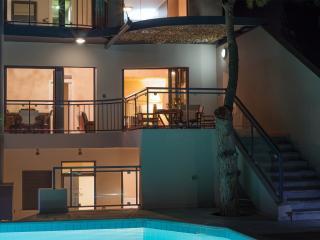 Villa Modern Arch