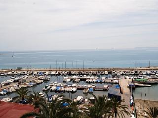 Precioso apartamento en primera linea de playa, Alicante