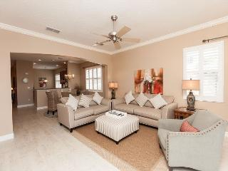 Unit 1031 - Terrific Lake View Corner Condo at Cinnamon Beach!, Palm Coast