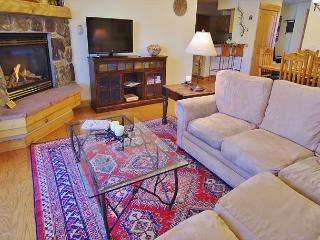 Corner Condo - 180 Degree Views with Creek and Wraparound Deck, Steamboat Springs