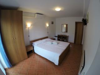 Room near the sea No3