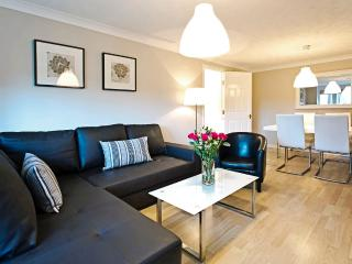 Central located lovely 2 bedroom 2 bathroom, Edimburgo