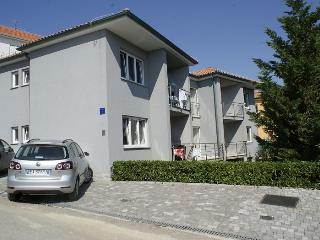 VIS A VIS apartments AP-4, Baska
