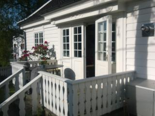 Main part of large Villa for 4 persons., Bergen