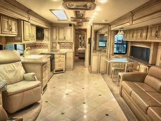 RV, MOTOR HOME FOR RENT, Chicago