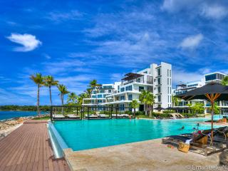 Luxury Oceanfront 3 Bedroom Apartment