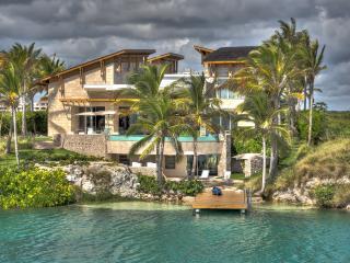 Oceanfront Villa Oceania