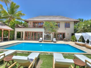 4 Bedroom Sunshine Villa