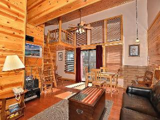 2BR/2BA Remodeled Condo, Close to Heavenly & Marina, Sleeps 7, South Lake Tahoe