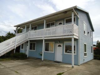 Oregon Coast Beach Lodging, Waldport