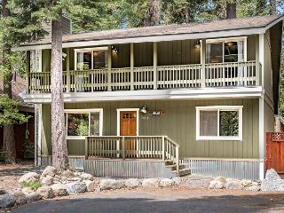 Cabin-Style Home in The Pines - Minutes From Meeks Bay Resort & Marina, Tahoma