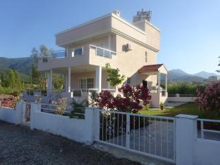 Villa Priëne, Guzelcamli