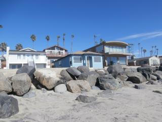 Suzzi's 1BR On The Strand!, Oceanside