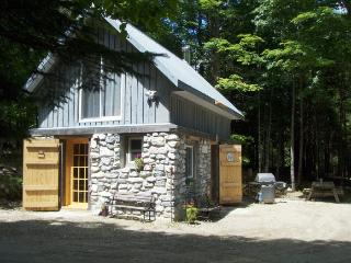 Cabin Rental Rural Perth/Lanark, McDonald's Corners