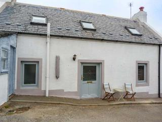 SONAS, semi-detached, woodburner, WiFi, Buckie, Ref 932082