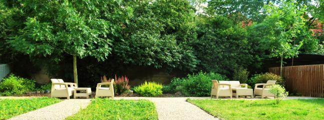 Private residence garden
