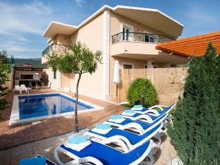 Luxury apartment Sasso with heated swimming pool