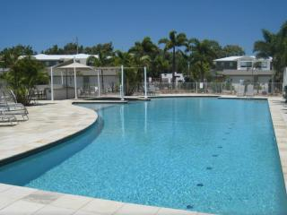 Collum Villas - Three Bedroom Villa, Coolum Beach