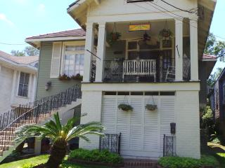 CHARM & SPACIOUS ! MAR- SEPT $225  p/n SUN-THURS 2ngts min EVT & HOL EXCLUDED, New Orleans
