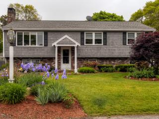 Lovely 5BR East Falmouth Home w/Wifi, Central A/C, Beautiful Yard & Gas Grill
