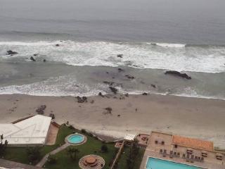 La Jolla Real Ocean Front Condo, Rosarito