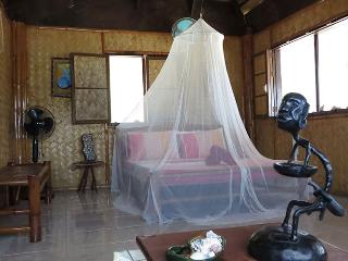 Private Cottage with Sea View!, Popototan Island