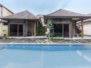 Kopi Kats Boutique Villa Ubud, Bali (Renee)