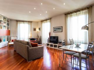 Welcome to Isola Garibaldi District, Milan