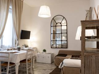 Casa Velino charming and well connected apartment, Milaan