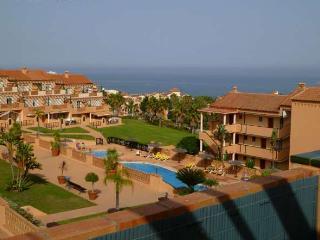 Cosy Apartment with Big Terrace & Ocean View, Mijas
