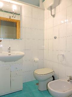 0.5 Bathroom