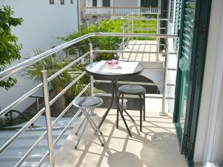 Apartments Lepur - One Bedroom Apartment with Balcony (2)
