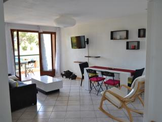 Seasonal Rental 2 Bedrooms 6 Occupants near sea, La Ciotat