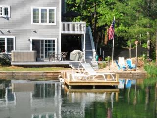 Beautiful Lake Front Views with Hot Tub Forest, Traverse City