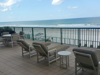 BRAND NEW 2nd Floor Luxurious Oceanfront Condo, Daytona Beach