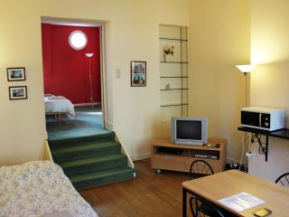 Romantic 1-bedroom near EU & Grand Place, Bruxelas