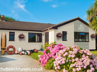 The Beach Haven. Luxury, dog-friendly bungalow, Bude
