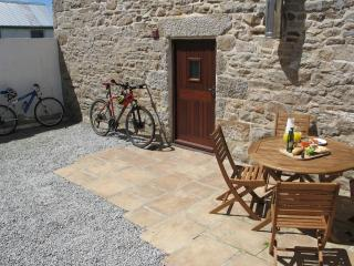 Rear courtyard and suntrap patio for morning breakfast together