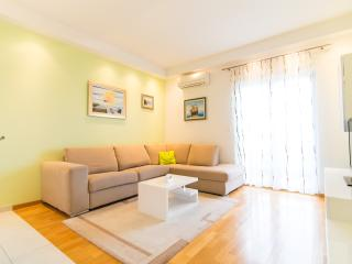 Apartment ST, Split