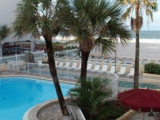 * 475/wk AUG* Beachfront, Pool, Kitch Feb/Apr Open, Madeira Beach