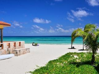 Mar y Sol Villa Steps to The Beach