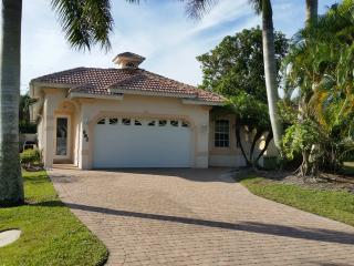 Pool Home in Naples Park, Close to the Beach