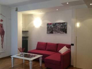 Nice flat for the City Fair and the Centre