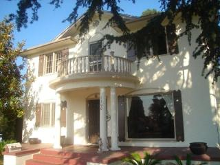 Private Bright, Spacious and Charming Room, Los Ángeles